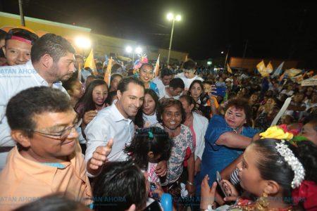 Yucatecos exigen que mejore el sistema de salud: Mauricio Vila
