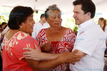 Mauricio Sahuí presenta propuesta para reactivar espacios públicos