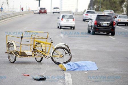 Nuevo trágico accidente en el Periférico: fallece conductor de un triciclo