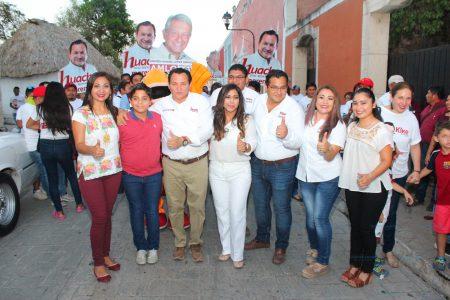 Con Huacho Díaz, Morena se consolida en el oriente de Yucatán