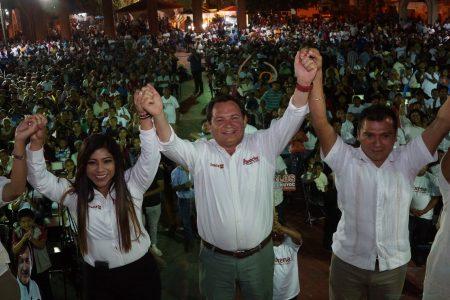 López Obrador y Huacho Díaz, al alza en Yucatán