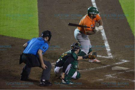 Imparables, los Leones vencen 13-4 a los Pericos de Puebla