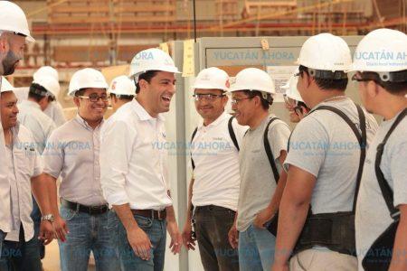 Iniciativa de Mauricio Vila para que un trabajador gane más