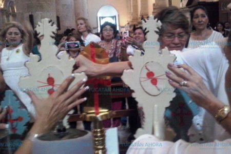 Arriban a Catedral las reliquias de San Pío