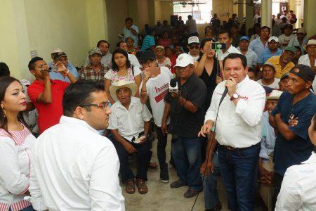 No quiero que le roben sus tierras a los campesinos: Huacho Díaz