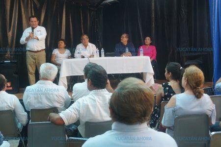 Huacho Díaz anuncia que contratará más geriatras para fortalecer el sistema de salud
