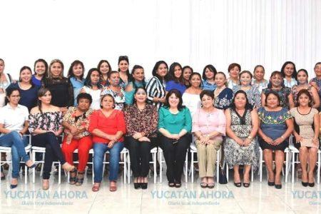 Reconocimiento a quienes combinan la maternidad con el trabajo legislativo
