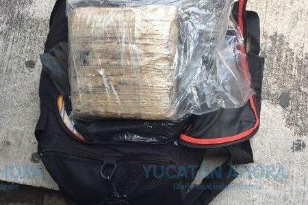 Dan cuatro años de cárcel a sujetos que transportaba casi 10 kilos de cocaína