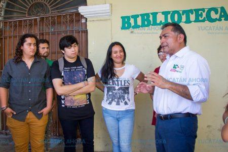 Ofrece Víctor Caballero convertir 20 bibliotecas en Centros de Estudio con Internet