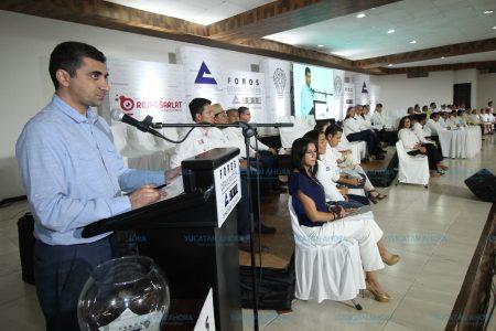 Empresarios escuchan propuestas de candidatos a diputados locales