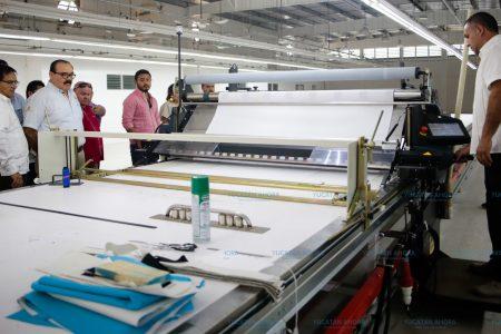 Ramírez Marín vincula a industriales yucatecos con la banca de desarrollo