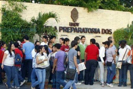 Unos 5 mil 400 estudiantes acudieron al proceso selectivo de ingreso a la Uady