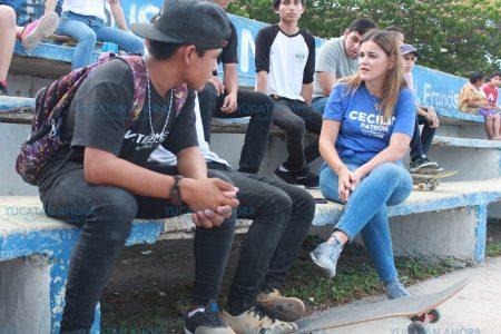 Interés de Cecilia Patrón por promover más pistas de acrobacias para patineta y bicicleta