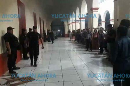 Edil de Teabo denunciará ante MP por daños a Palacio Municipal
