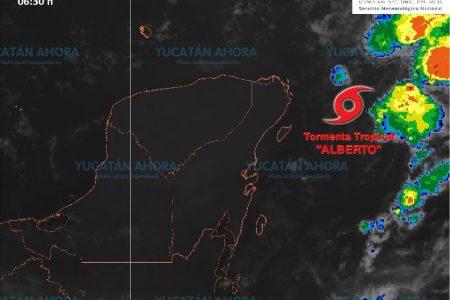 Se espera que la tormenta 'Alberto' salga en las siguientes horas al Golfo de México