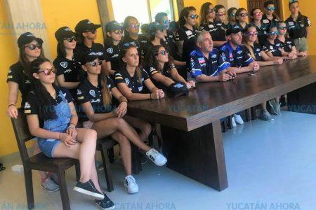 Mujeres motorizadas se disputan copa mundial en Mérida