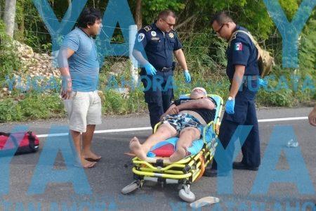 Ebrio motociclista derrapa y deja lesionado a su compadre