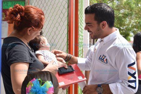 Elías Lixa ofrece gestionar más recursos para las escuelas