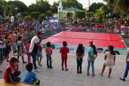 Más de 4 horas de diversión para festejar al Niño y a la Madre en Kanasín