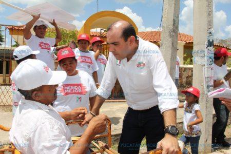 Felipe Cervera les pide a vecinos del sur de Mérida no caer en provocaciones