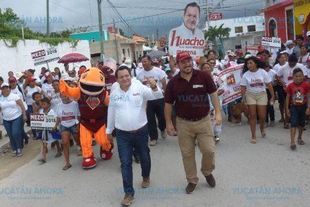 Huacho Díaz propone crear la Secretaría de Pesca
