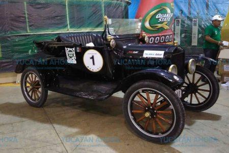 Exhiben en Mérida más de 40 años de historia del automovilismo