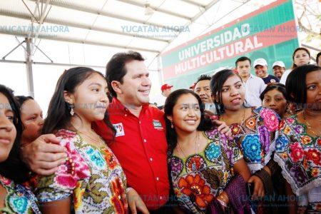 Mauricio Sahuí propone crear la Universidad Intercultural Maya