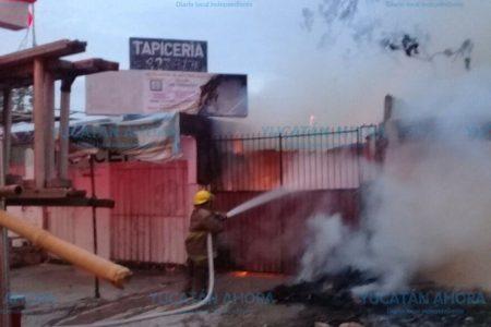 Mañanero incendio en tapicería de la colonia Alemán
