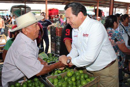 Presenta Huacho Díaz sus ejes de trabajo para el campo