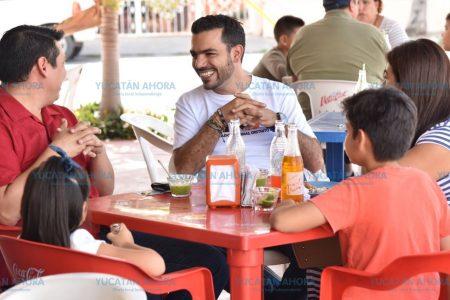 Elías Lixa ofrece defender las prioridades de las familias yucatecas