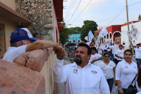 Interponen denuncia federal contra Warnel May, ex alcalde de Izamal