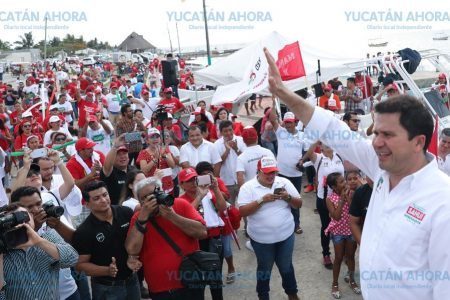 Habla Mauricio Sahuí de crear escuadrón de policía costera para cuidar el litoral yucateco
