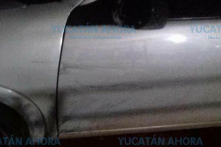 Vehículos apedreados y chocados por la política en Acanceh