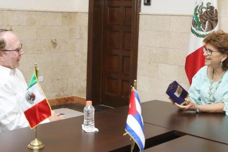 Cónsul de Cuba saliente afirma que ya se siente meridano