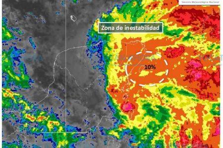 Vigilan tormenta con potencial ciclónico al este de la Península de Yucatán