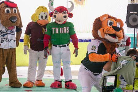 Mascotas de equipos de Liga Mexicana de Béisbol llevan alegría al Caimede