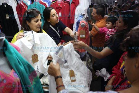 Expositores se quedaron sin mercancía antes de terminar la Semana de Yucatán en México