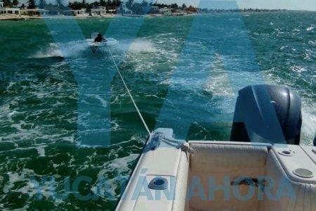 Embarcación de recreo queda a la deriva entre Chelem y Chuburná Puerto