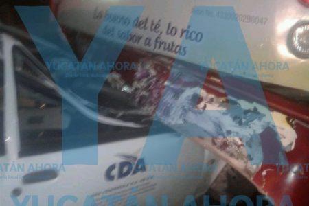Madrugador choque en Ciudad Caucel: camioneta se mete debajo de un autobús