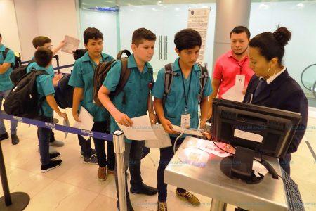 Niños yucatecos viajan a CDMX con el sueño de traer el campeonato de robótica