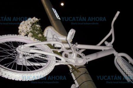 Atropella a una ciclista en Periférico y huye sin saber que la mató