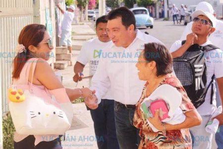 Crescencio Gutiérrez ofrece solucionar el problema del transporte en Ciudad Caucel