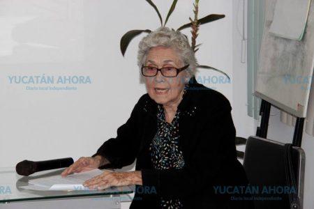 Obituario: Candelaria Souza Escalante de Fernández