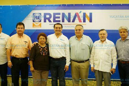 Renán Barrera invita al Consejo de Notarios a participar en los proyectos de Mérida