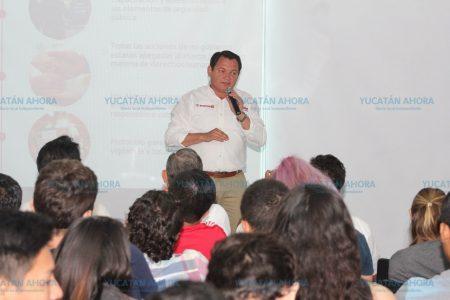 Que ningún joven se quede sin oportunidades de estudiar: Huacho Díaz