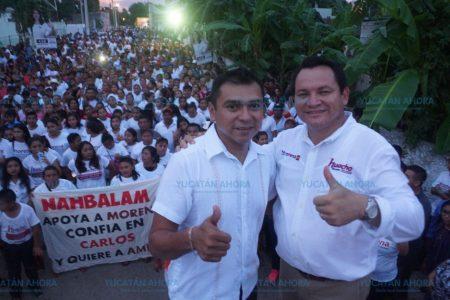 Maestros del oriente reiteran apoyo a Huacho Díaz y a López Obrador