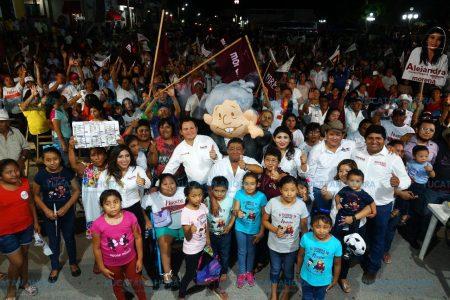 Sabré responder a la confianza de los yucatecos: Huacho Díaz