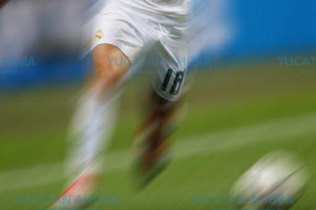 Mal domingo para futbolistas: pierden por forfait y los multan por velocidad