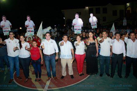 Jesús Vidal ofrece traer más recursos para Yucatán