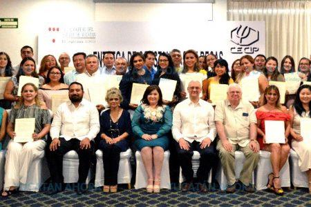 Impulsan la formación de posgrado de jóvenes yucatecos